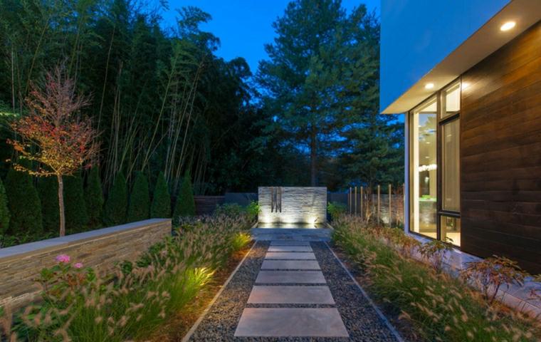 aiuole fai da te immagini sentiero giardino piante fiori casa illuminazione alberi