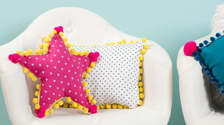 cuscino fai da te senza cuciture decorato pompon forma stella poltrona