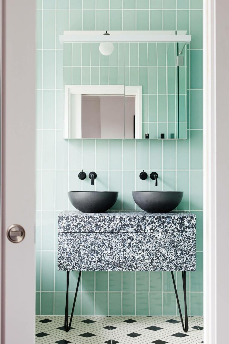 esempi disposizione piastrelle bagno colore azzurro pareti lavabi appoggio mobile