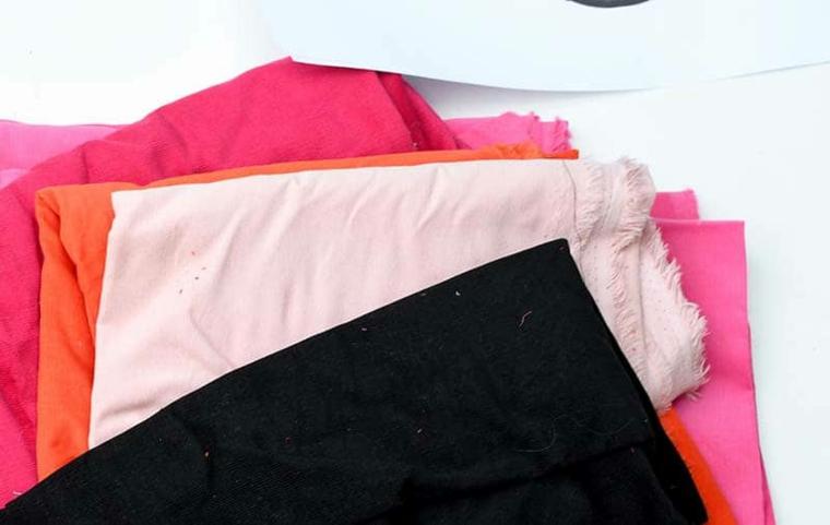 pezzi tessuti colorati colore materiali cuscini fatti a mano print fiori