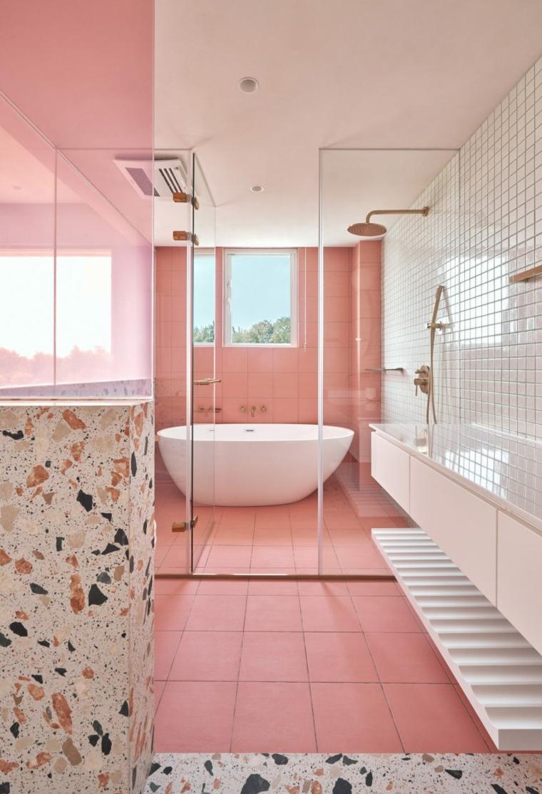 piastrelle bagno colorate rosa macchie vasca porta vetro mobile lavabo