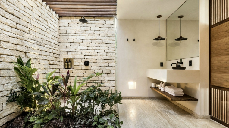 rivestimento doccia effetto pietra piante foglia verde mobile lavabo specchio