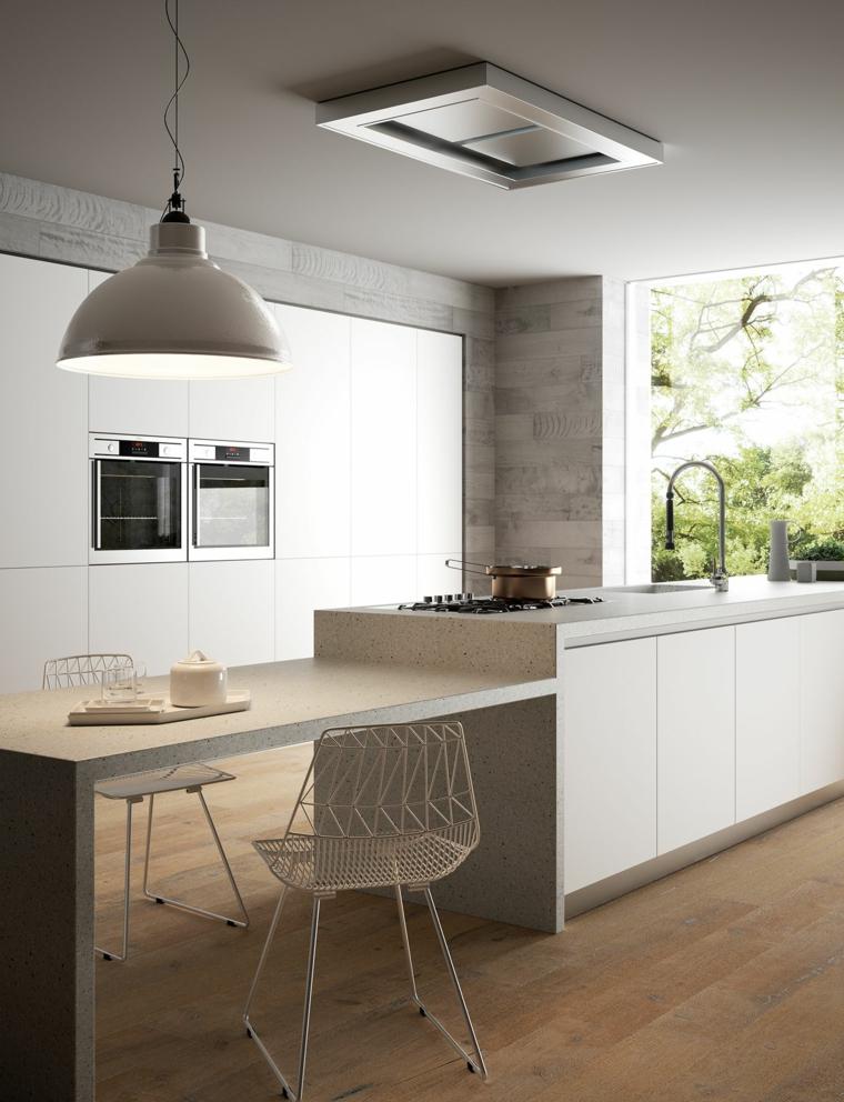 sedia metallo lampadario forno incasso lavandino cucina con isola e tavolo legno