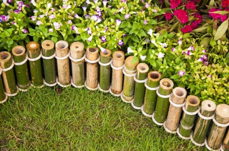 tronchetti legno recinzione corda aiuole fai da te immagini prato verde piante