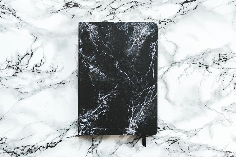 marble bullet journal idee copertina effetto marmo decorazione smalti per unghie