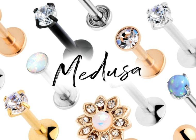 labret piercing scar medusa gioielli brillantino corpo scritta oro argento