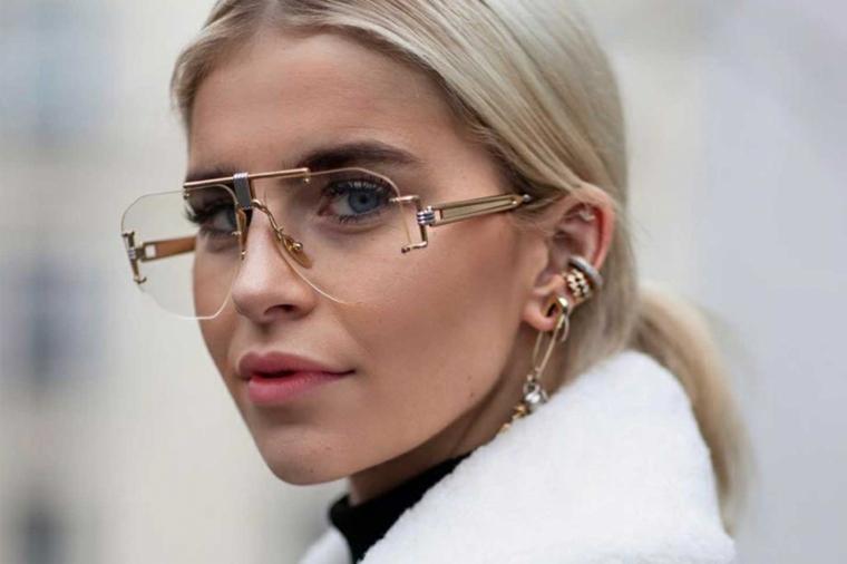 montature occhiali donne 2020 metallo lenti quadrate donna capelli biondi raccolti