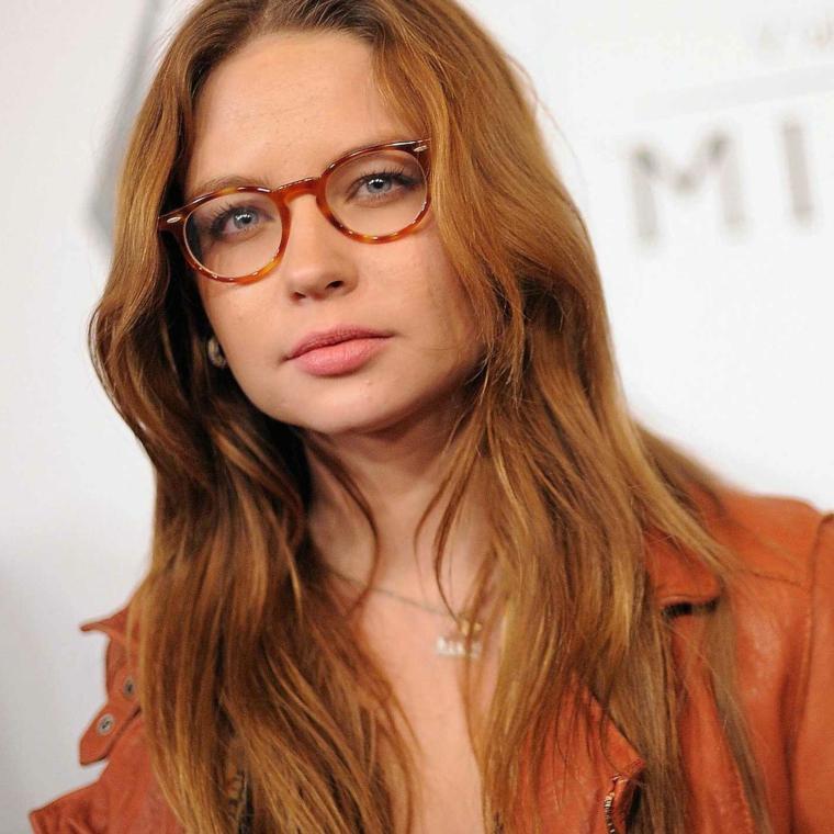 occhiali tondi da vista a chi stanno bene montatura acetato marrone capelli rossi
