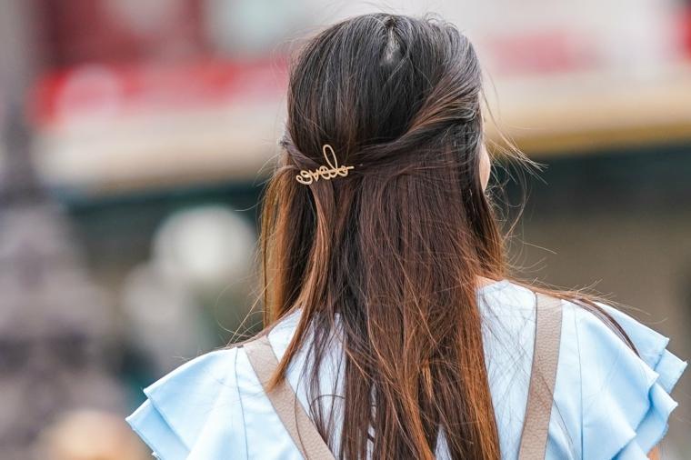 pettinatura donna colore castano ombè acconciatura semiraccolto molletta