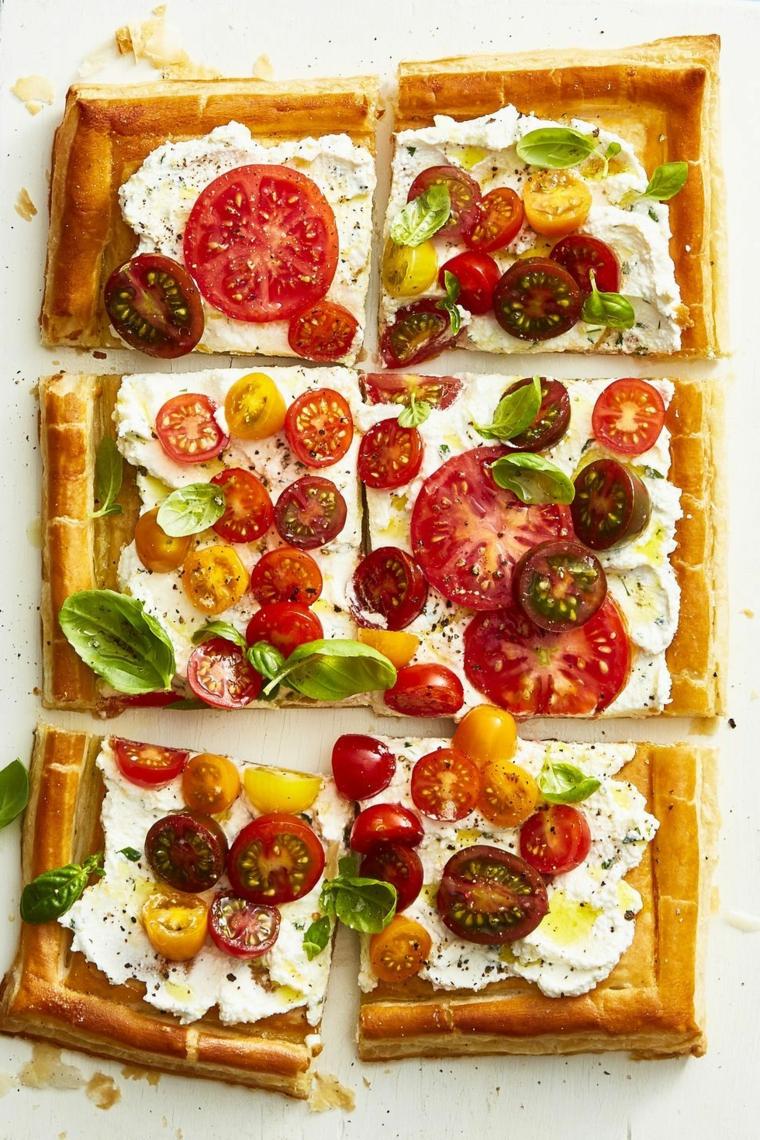 pizza con pomodorini e formaggio spalmabile idee ricette per aperitivo fai da te