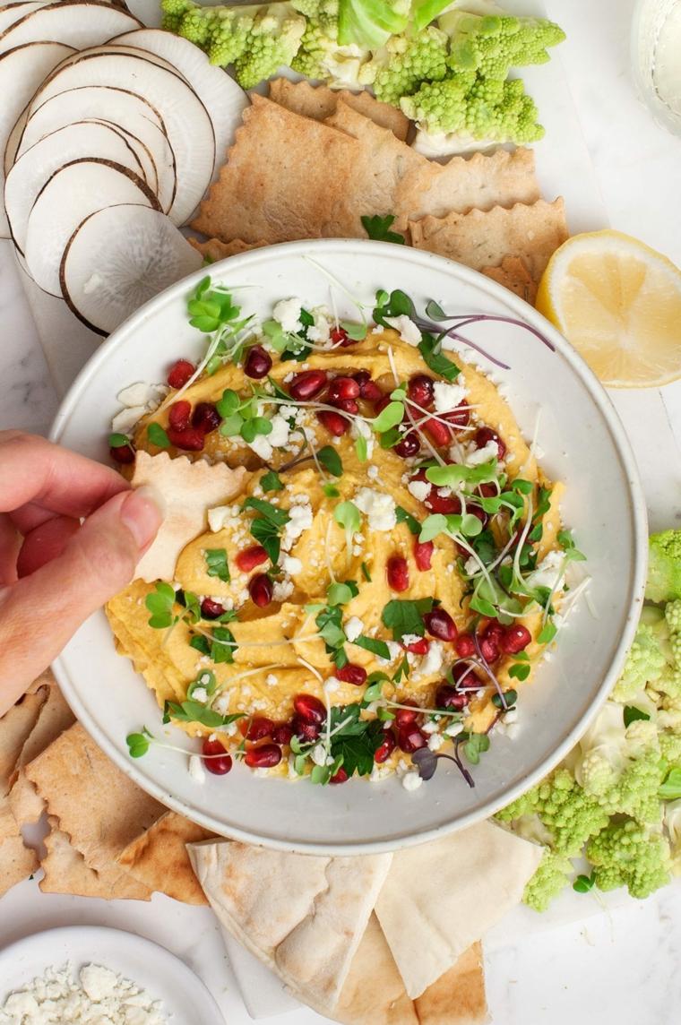 salsa di verdure con melograno stuzzichini veloci ed economici per aperitivo