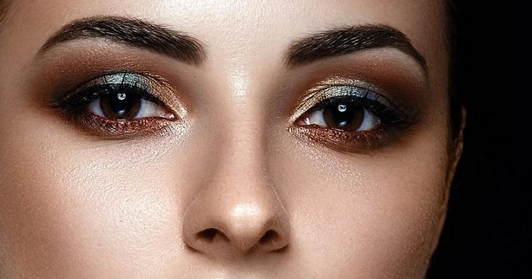 ombretti per occhi marroni sopracciglia di colore nero make up con matita nera