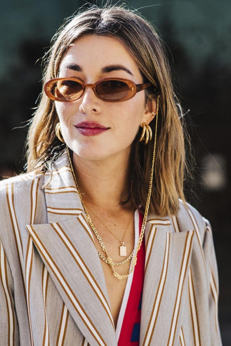 tagli di capelli autunno inverno 2020 acconciatura media liscio occhiali da sole per donna