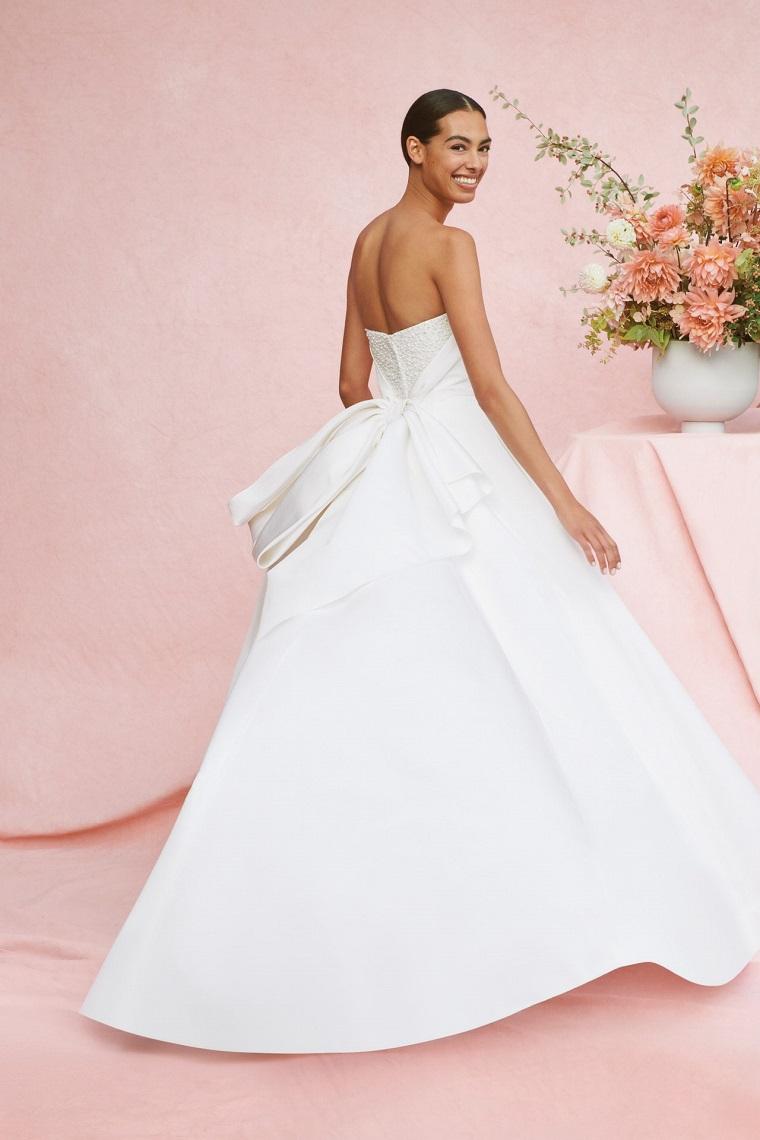carolina herrera new york bridal fall 2021 abiti da sposa tendenze vestito schiena scoperta