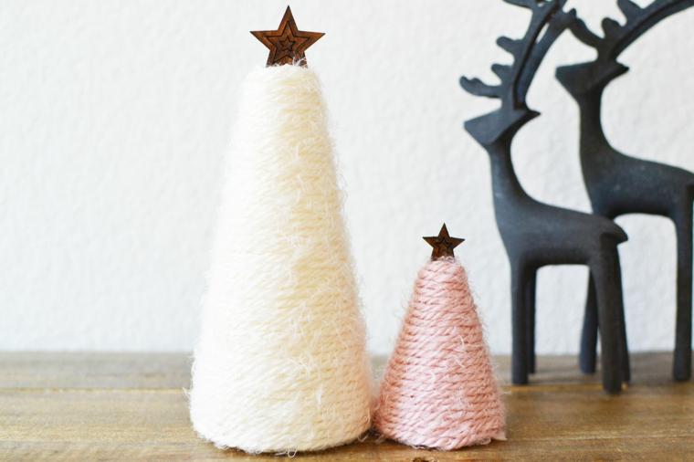 alberi di natale 2020 tendenze cono rivestito con lana colorato stella in cima