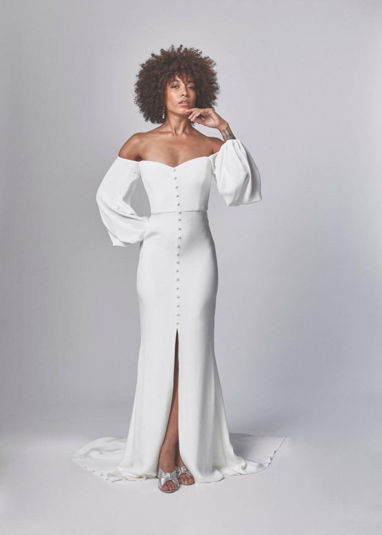 alexandra grecco stilisti abiti da sposa abito bianco manica lunga e spacco centrale