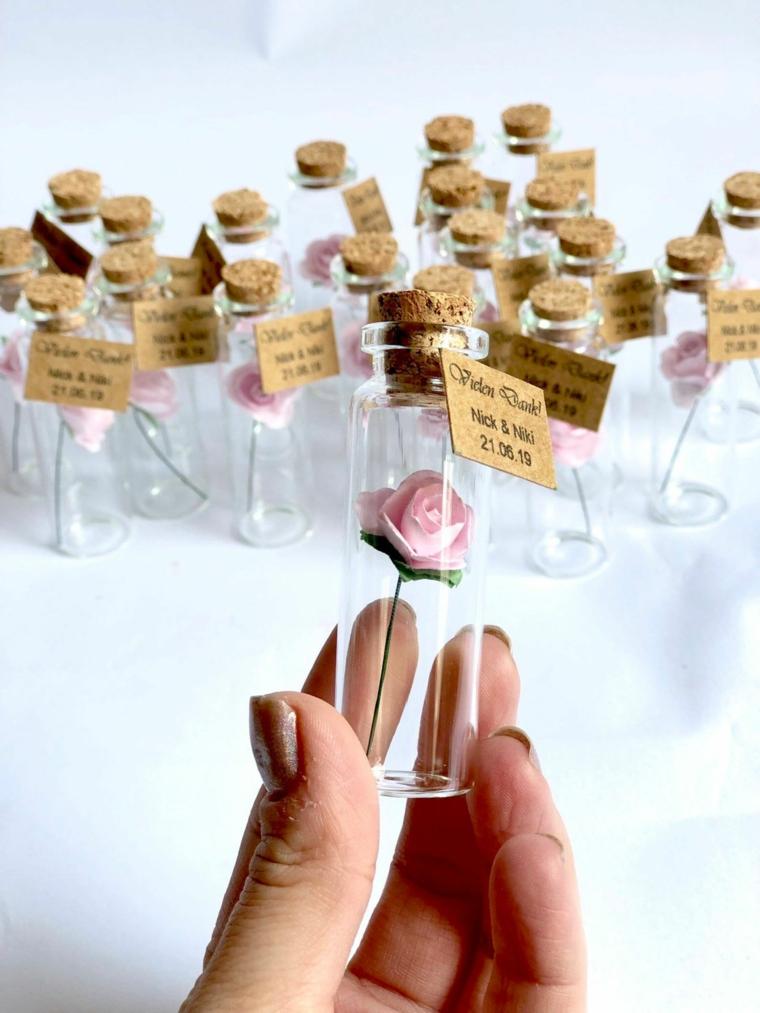 bomboniere originali battesimo contenitore di vetro con tappo di sughero e rosa