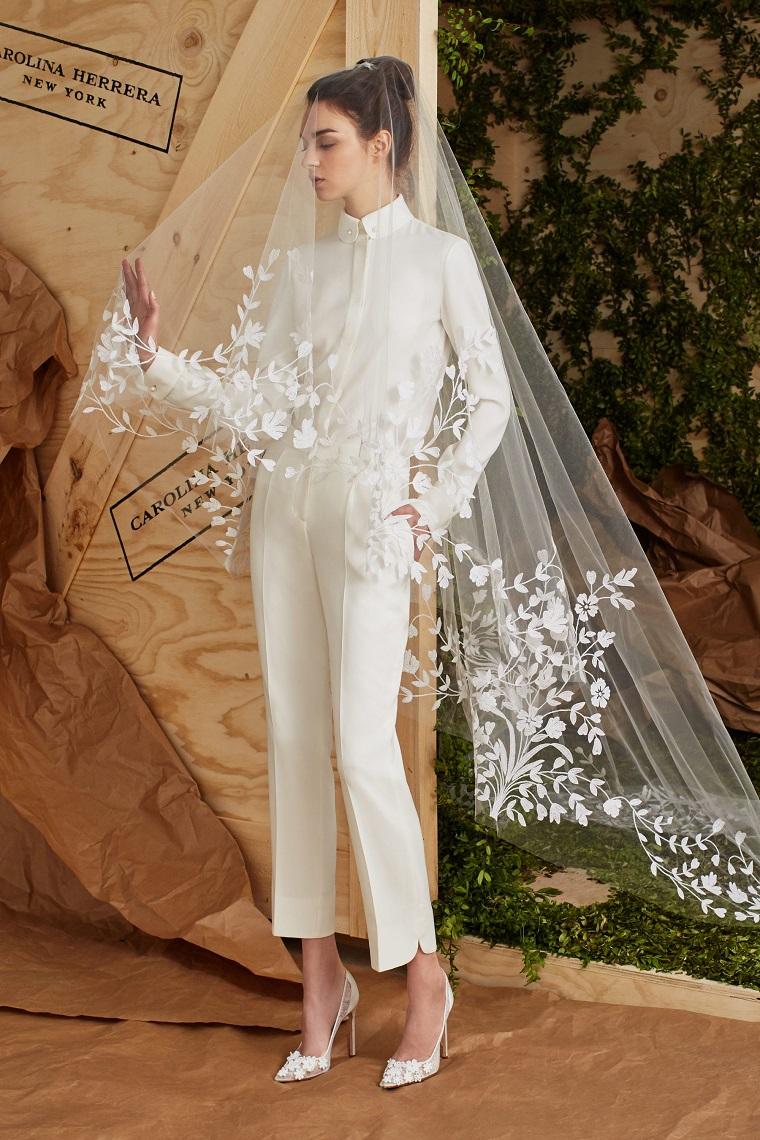 bridal carolina herrera collezione abiti da sposa 2021 vestito con pantalone e velo