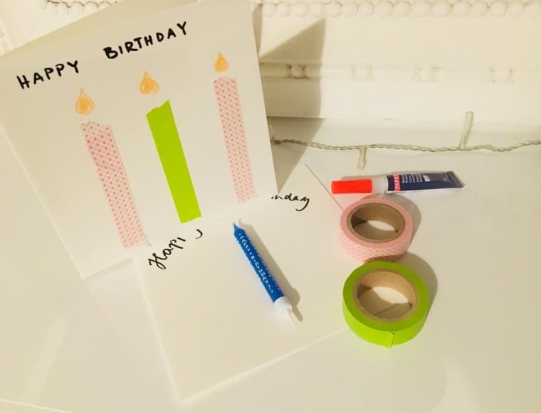cartolina di compleanno con candele e scritta happy birthday nastri washi tape
