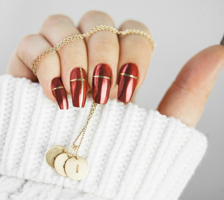 colore invernale unghie manicure ballerina smalto rosso lucido con linea in oro