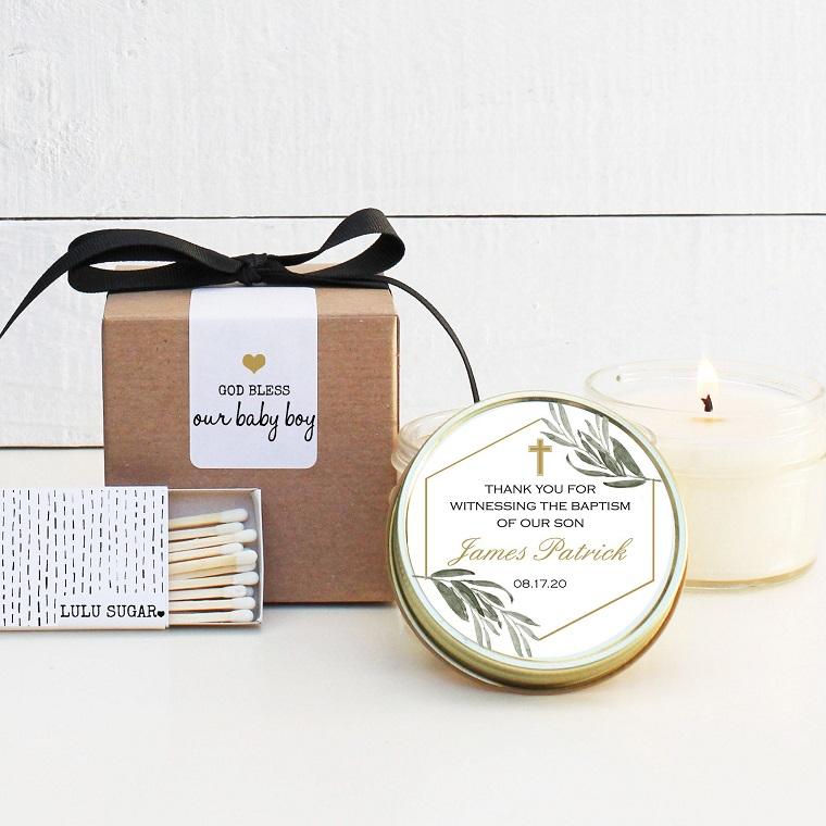 idee bomboniere battesimo padrini barattolo con candela coperchio con etichetta