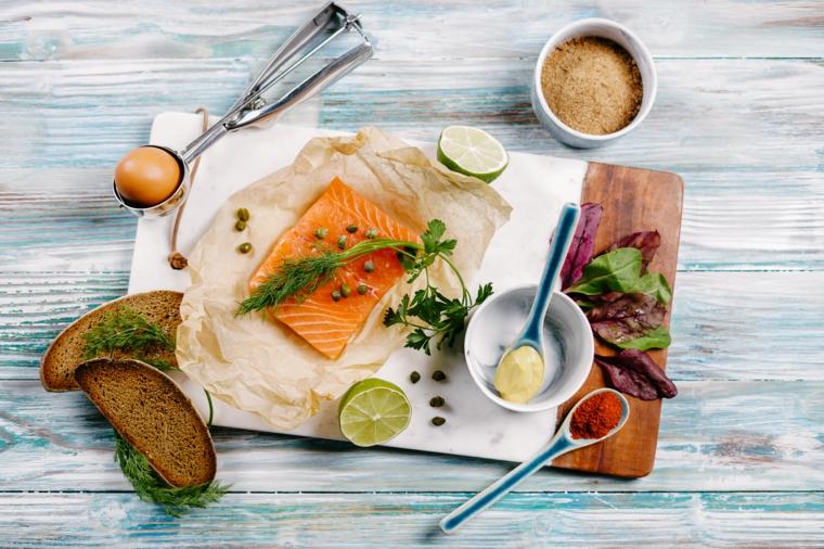 ingredienti per fare le polpette di salmone bruschette di pane integrale