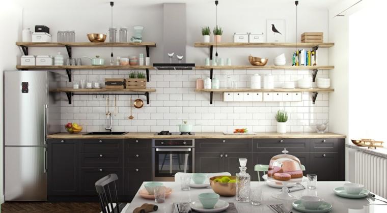 paraschizzi cucina piastrelle bianche mensole di legno a vista mobili stile nordico