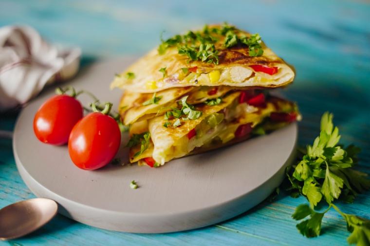 piadina con petto di pollo idee per pranzo al sacco piatto con quesadillas