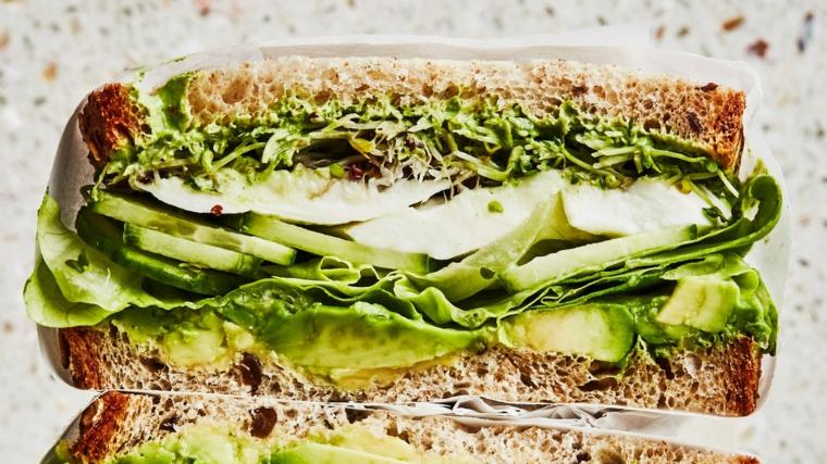 sandwich con pane integrale e avocado ricette semplici e veloci