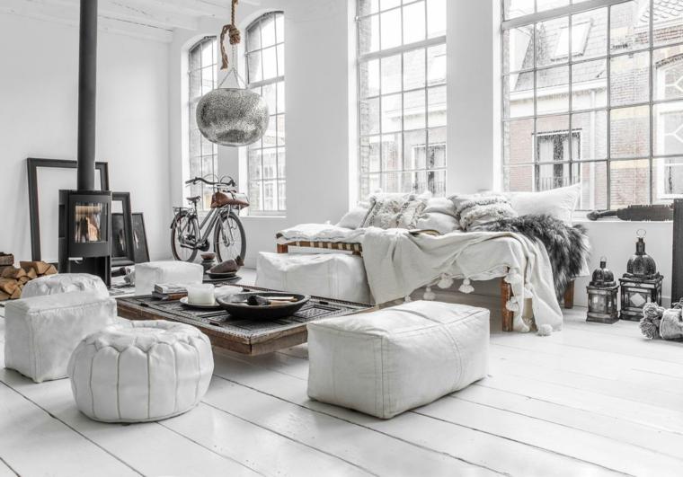 soggiorno stile scandinavo pavimento con parquet bianco salotto con camino a legna