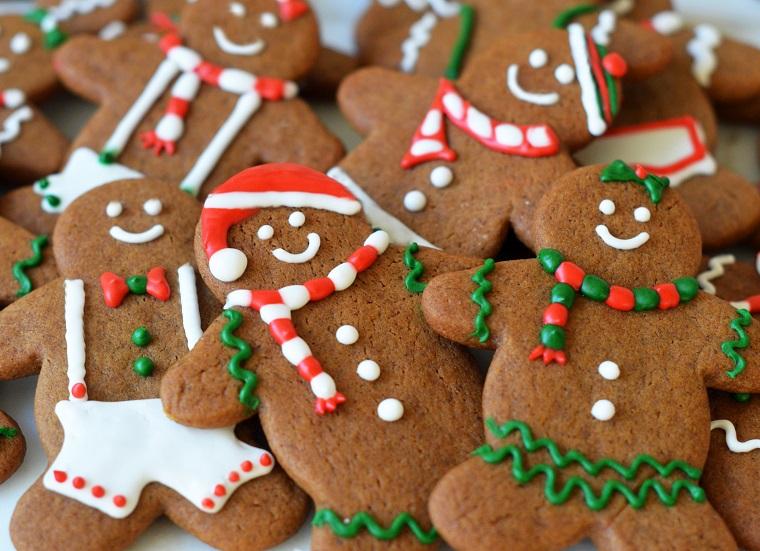 gingerbread men omino di pan pepato dolci natalizi americani decorati