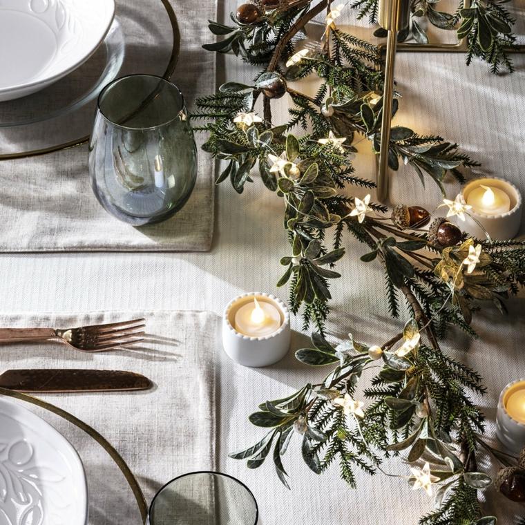 addobbi natalizi per tavola da pranzo centrotavola con rametti e candele