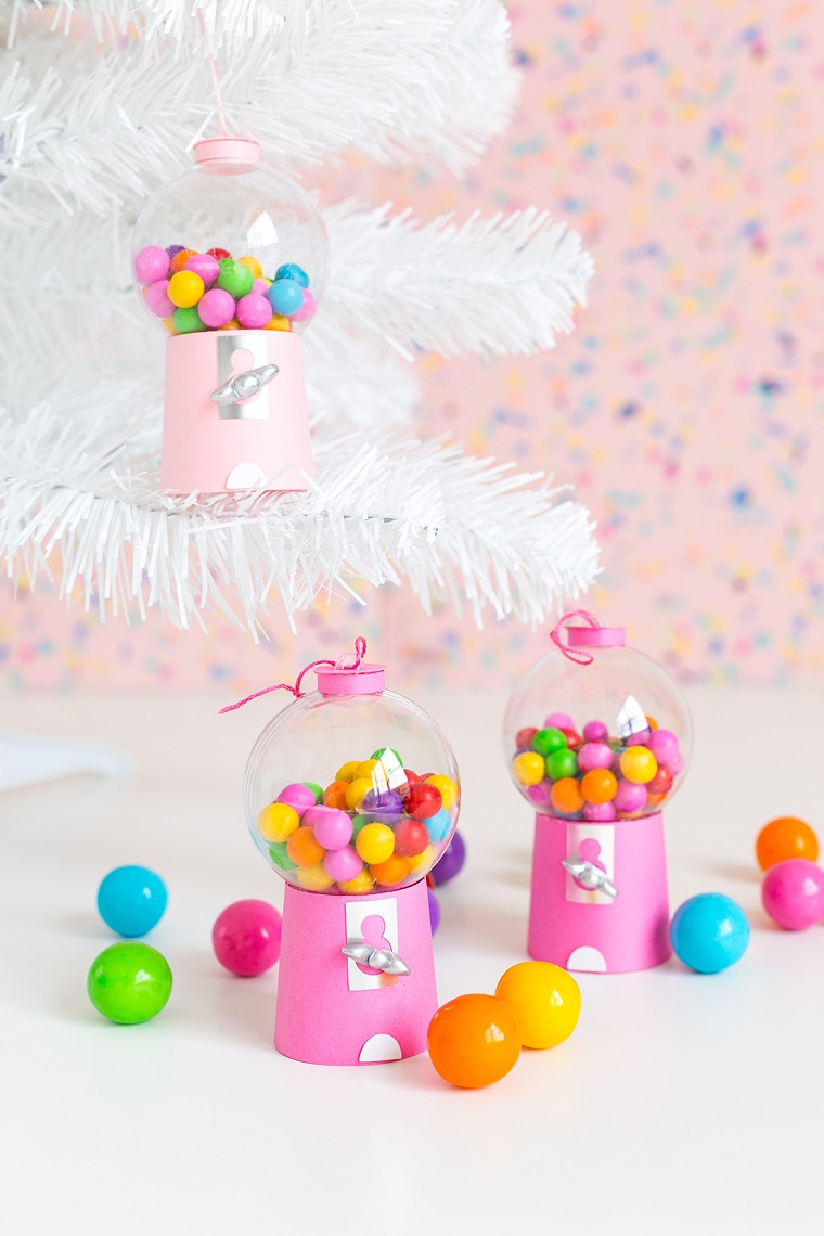 alberi di natale addobbati bellissimi gumball machine fai da te distributore di caramelle