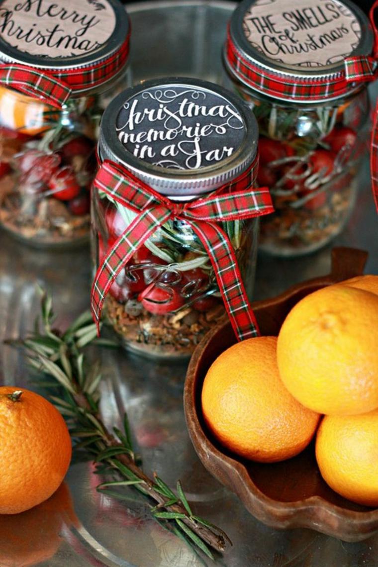barattoli di vetro con spezie ingredienti idee regalo fatte a mano rametti di rosmarino