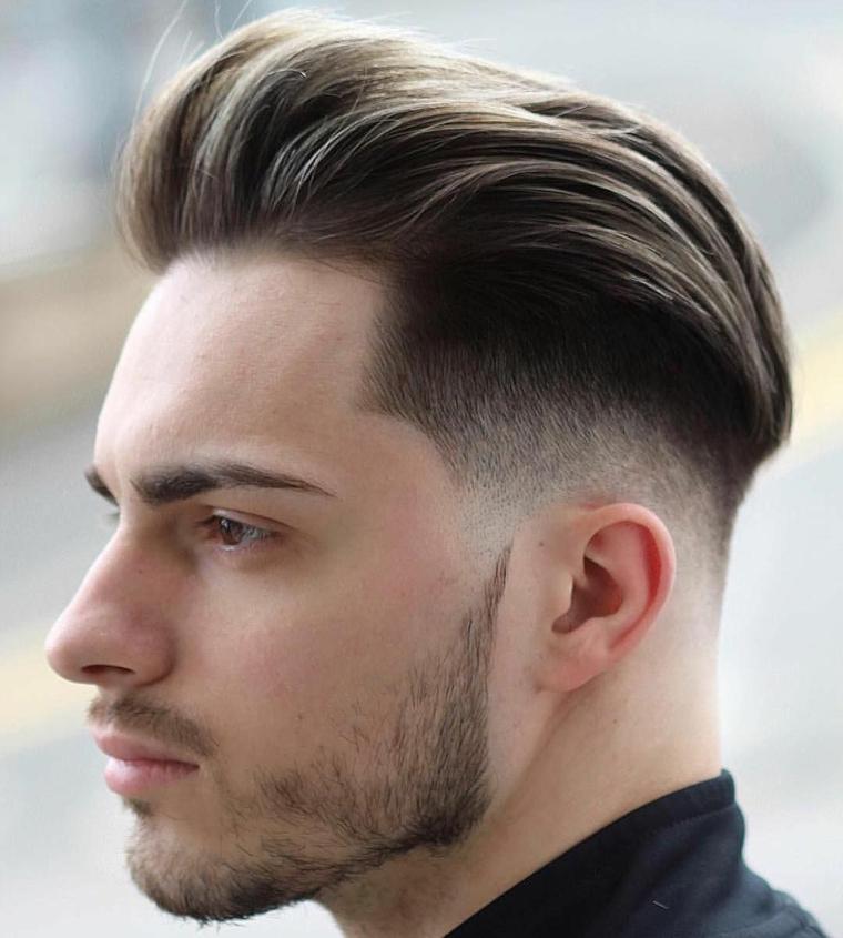 capelli rasati uomo ragazzo con acconciatura lunghi sopra corti sotto