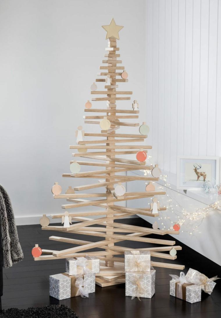 decorazioni natalizie albero di legno con addobbi soggiorno decorato per natale