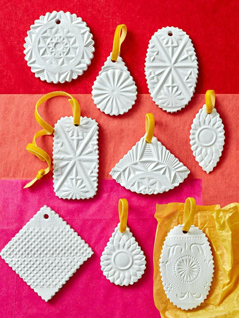 decorazioni natalizie fai da te 2020 ornamenti di pasta modellabile cotta da dipingere