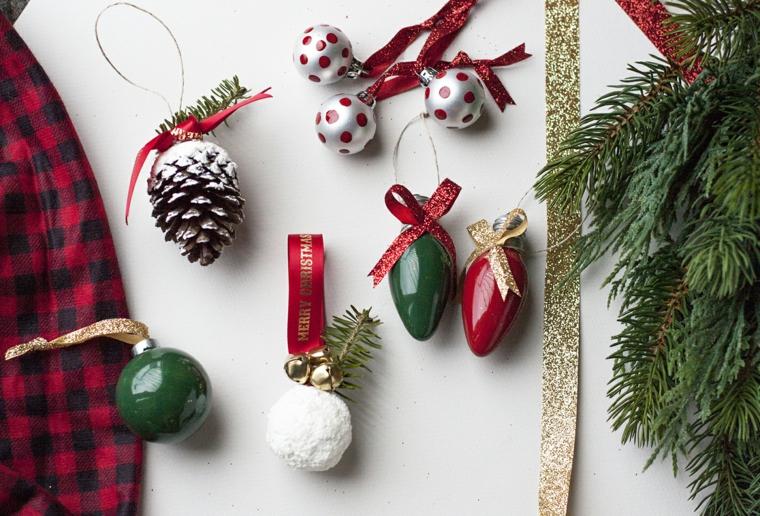 decorazioni pigne con vernice spray addobbi natalizi fai da te rametti di sempreverde