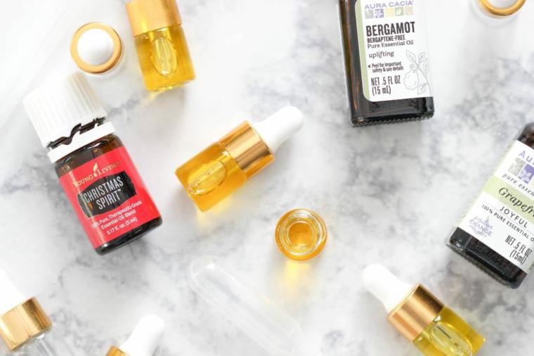 idee regalo natale fai da te facili bottigliette mix di olio essenziale