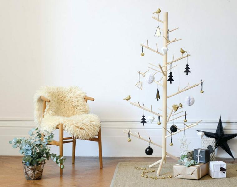 minimal albero di natale con rami di legno decorazioni natalizie stile scandinavo
