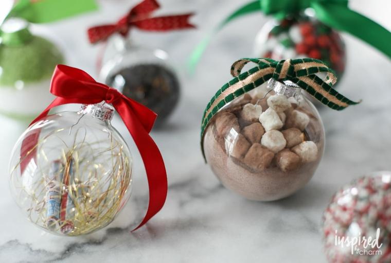 palline trasparenti con caramelle di cioccolato lavoretti di natale fai da te facili