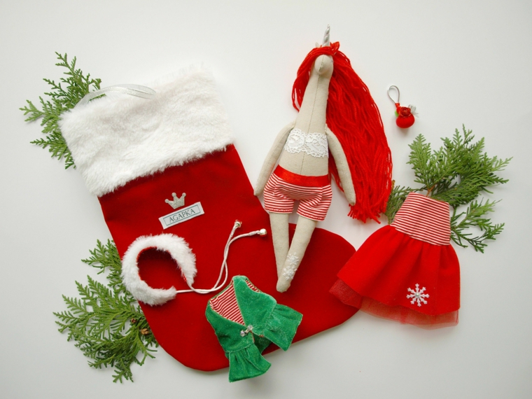 pupazzo unicorno natalizio calza di natale come regalo ad una amica