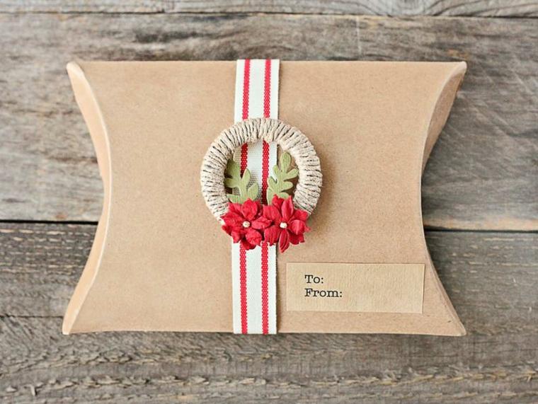 regali fatti a mano per amiche scatola di cartone con bigliettino e corona