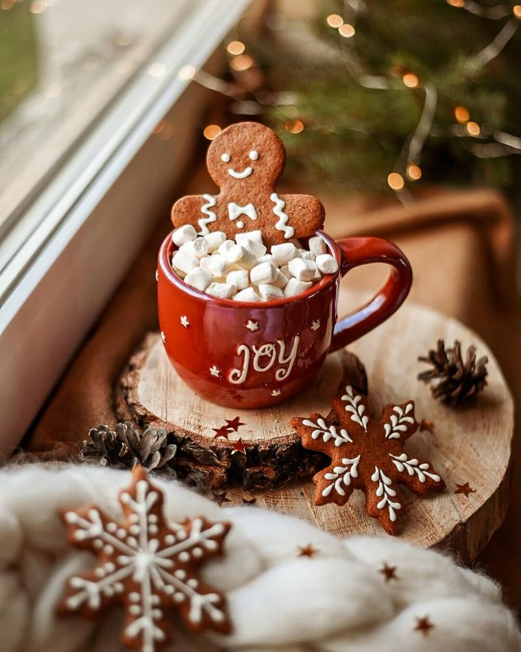 sfondo natalizio per cellulare tazza di mashmallow con biscotti omino