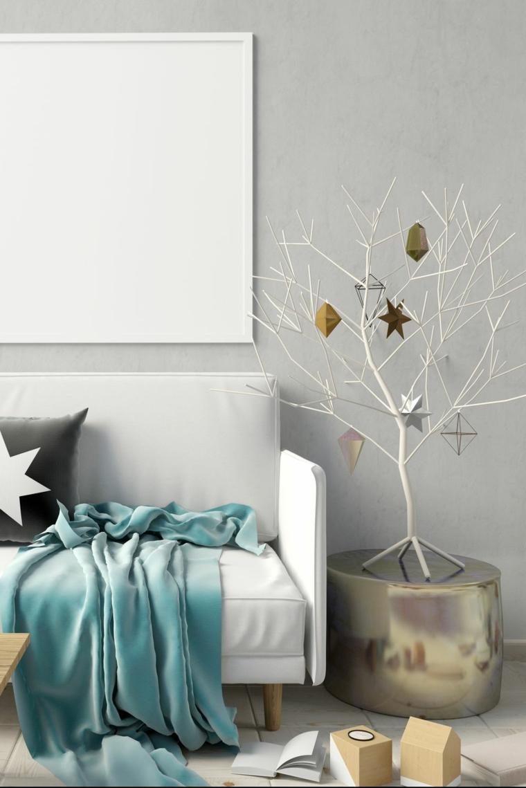soggiorno con decorazioni natalizie alberi di natale alternativi rametti bianchi con addobbi