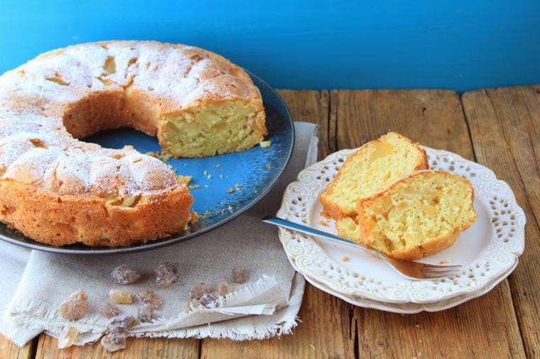 ciambellone con le mele torta rotonda decorata con zucchero a velo