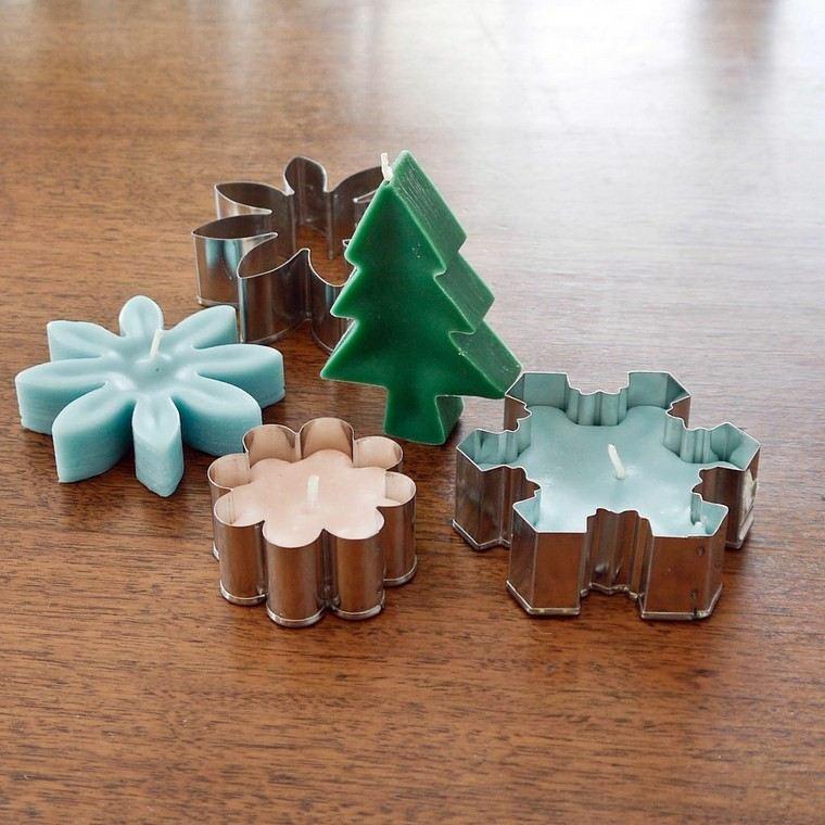 stampi natalizi per biscotti candele di cera colorate fatte a mano