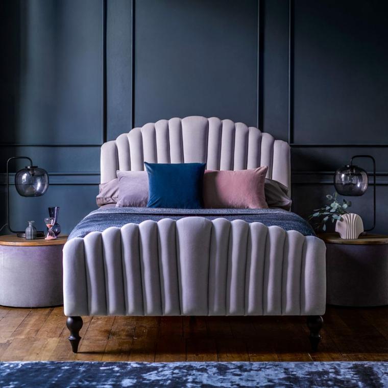 boiserie camera da letto parete con pannello in legno di colore grigio scuro
