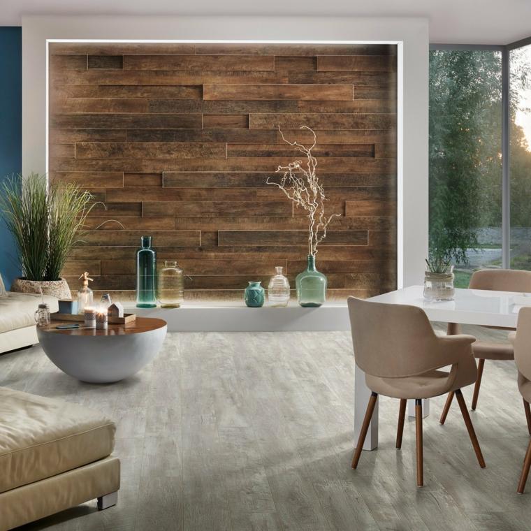 boiserie in legno soggiorno con parete rivestita in pannello decorazione con vasi