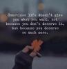 citazioni sulla vita frasi momenti difficili della vita immagine con foglia autunnale
